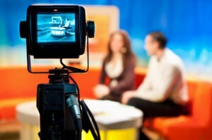 Media interview video tips post by Los Angeles Media Trainer Lisa Elia, of Expert Media Training™, serving Los Angeles and clients worldwide